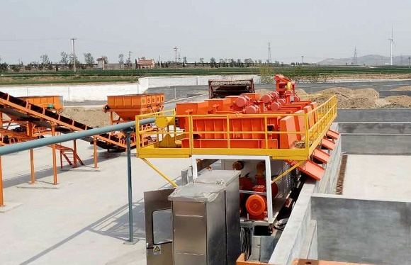 Dredge Dewatering System with PLC Control on Site