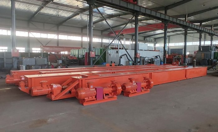 5 Sets of Heat-preserving Vertical Screw Conveyors Delivered to Customers